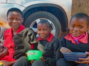 tre-barn-pa-ndzeleni-primary-school-far-ater-lunch_webb